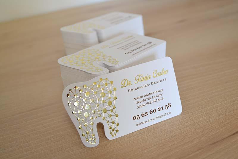 carte de visite découpe personnalisée spéciale pas chère , carte de visite originale et personnalisée avec forme de dentition pour dentiste
