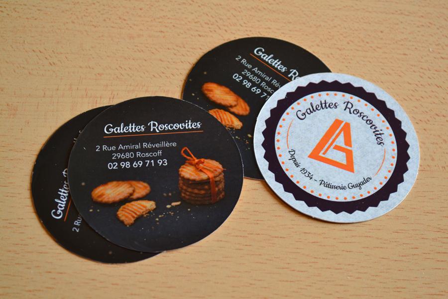 Exceptionnel Un lot de carte de visite forme ronde  pour une pâtisserie AC16
